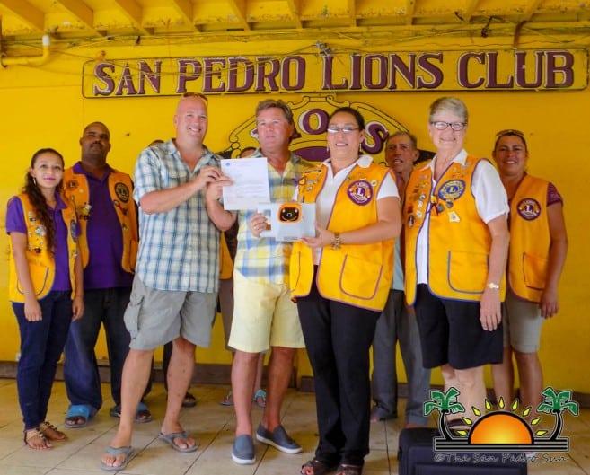 belize kids donates to lions den